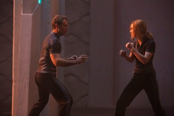 Marvel Studios' CAPTAIN MARVEL..L to R: Leader of Starforce (Jude Law) and Captain Marvel (Brie Larson)..Photo: Chuck Zlotnick..©Marvel Studios 2019